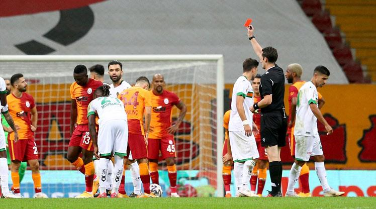Galatasaray Boss Terim Blames Etebo's Red Card For Defeat To Alanyaspor