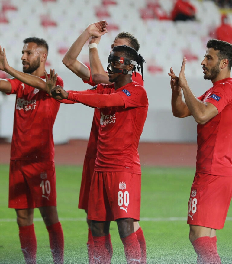 Europa League: Kayode Scores Again As Sivasspor Claim First Win; Aribo Subbed On, Balogun Benched In Rangers' Draw At Benfica