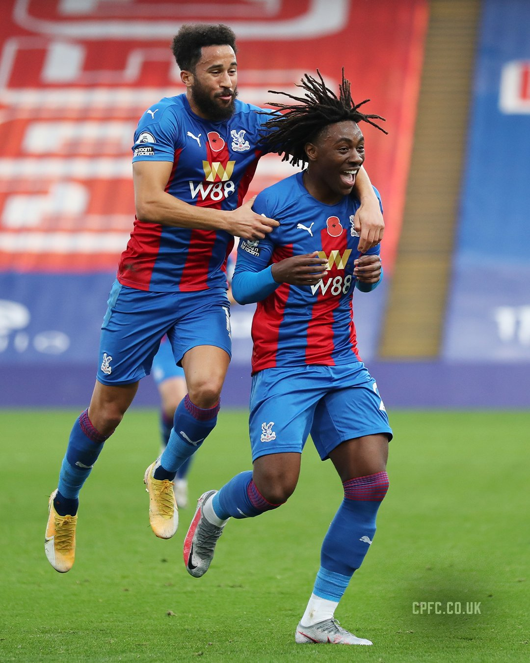 Hodgson Heaps Praise On 'Perfect' Eze After Palace Win Over Leeds United