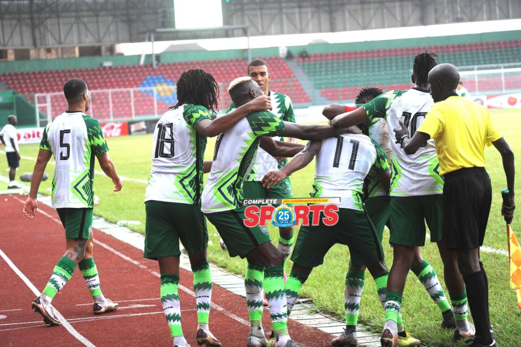 Benin Fans Boo Super Eagles After Lacklustre Draw Against Leone Stars