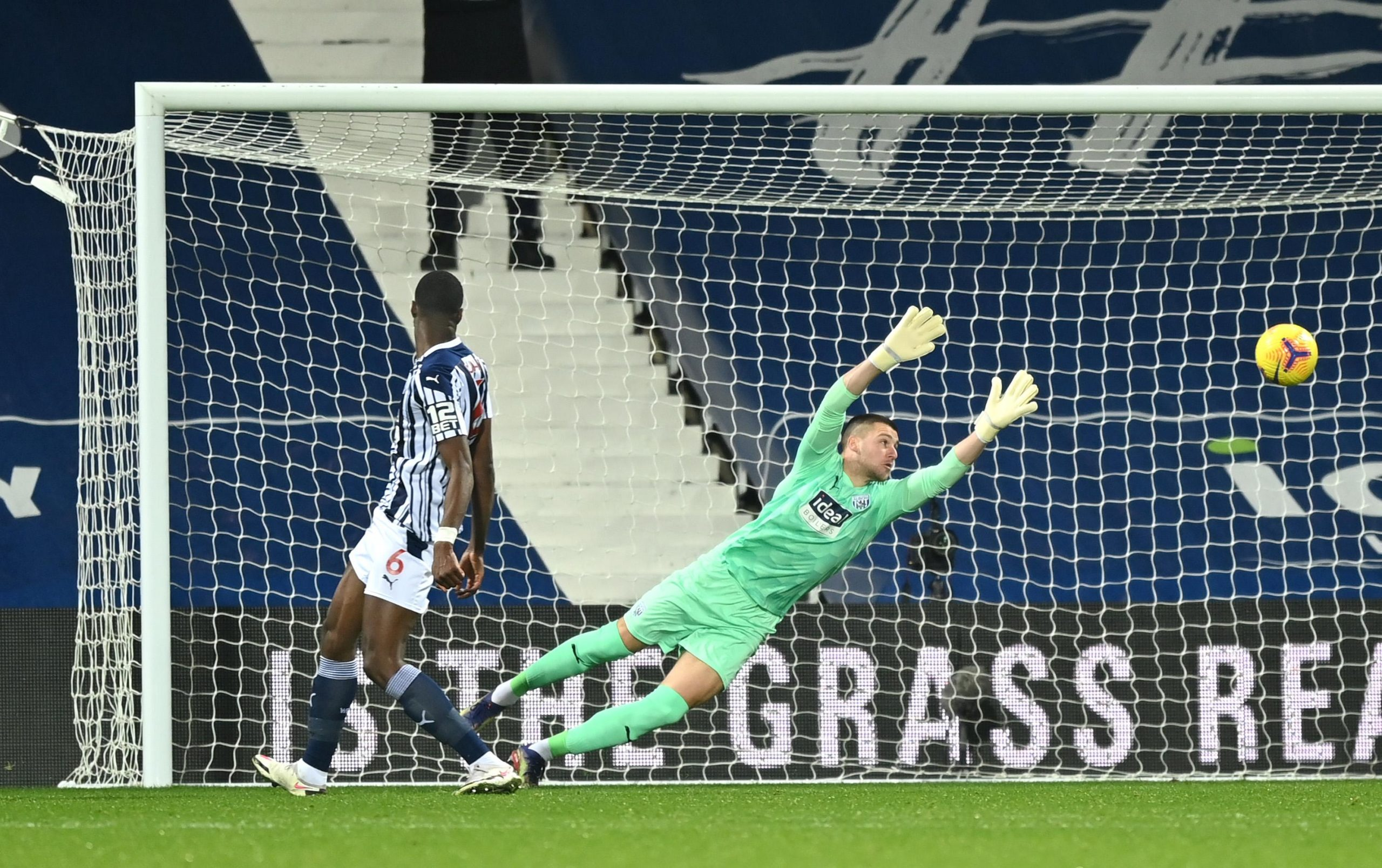Premier League: Arsenal Win At Brighton; Leeds Utd Hammer Ajayi's West Brom