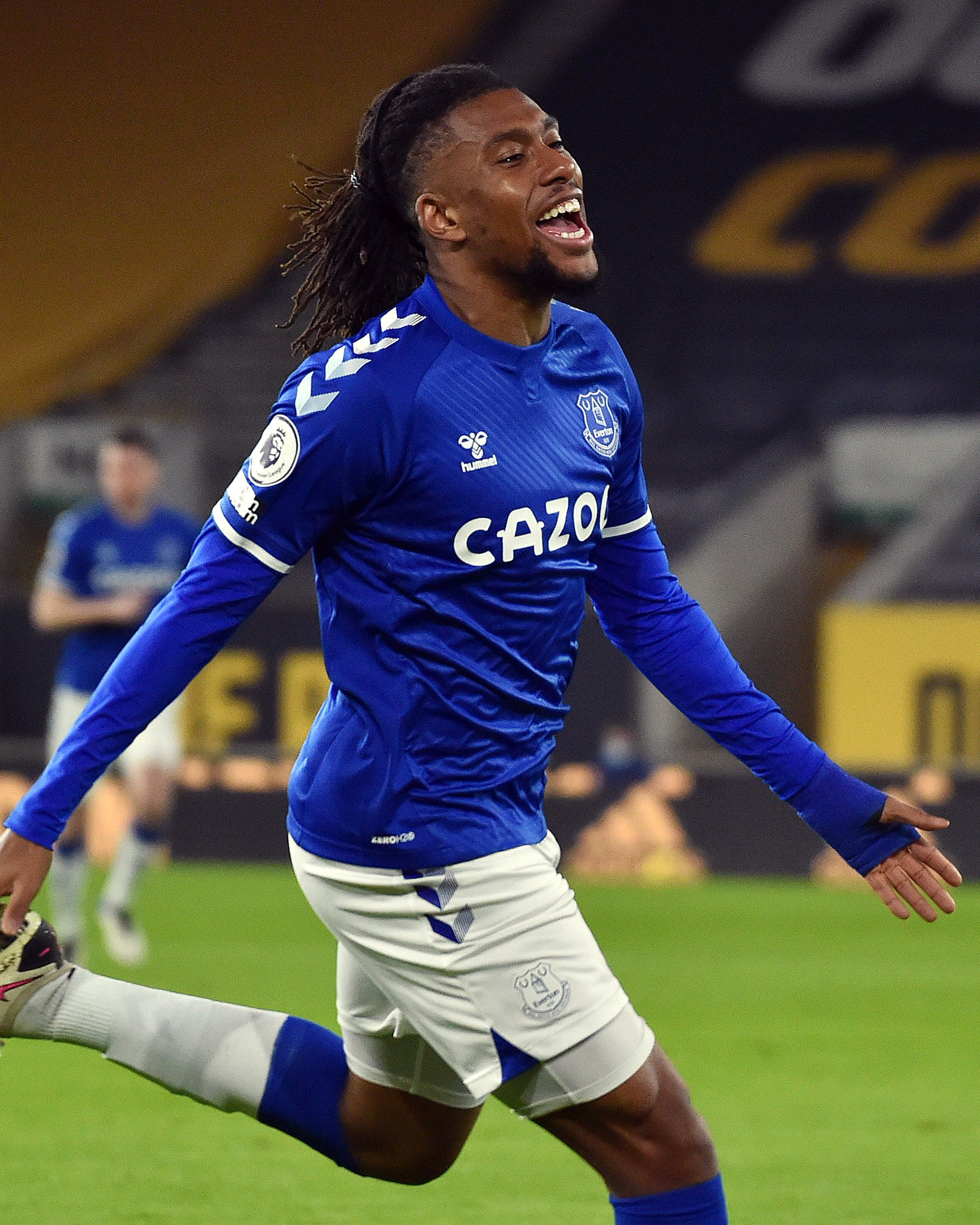 Premier League: Iwobi On Target In Everton's Win At Wolves; Man United Beat Burnley To Go Top