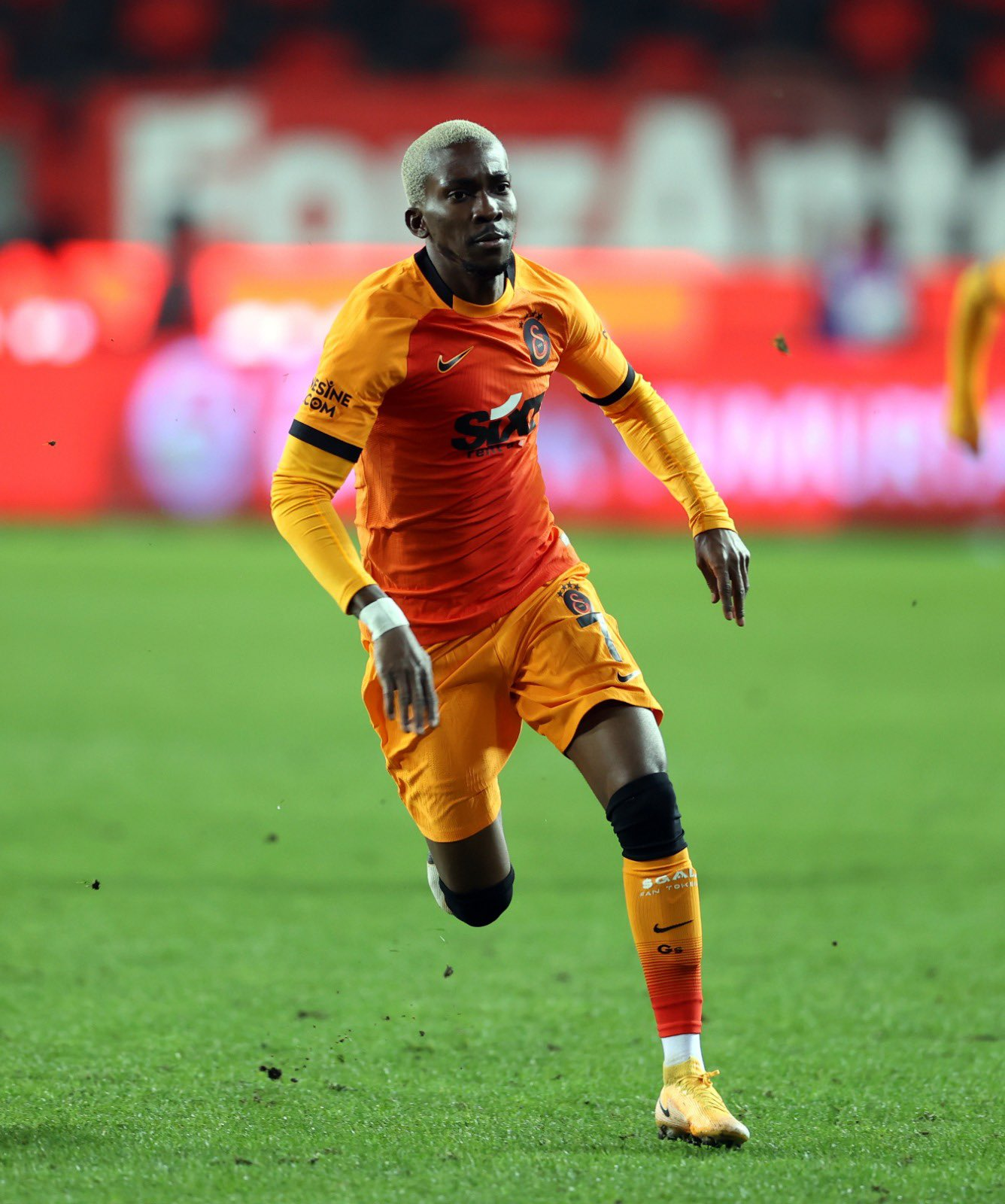 Turkey: Onyekuru Scores  Again For Galatasaray; Osayi-Samuel Stars In Fenerbahce Win