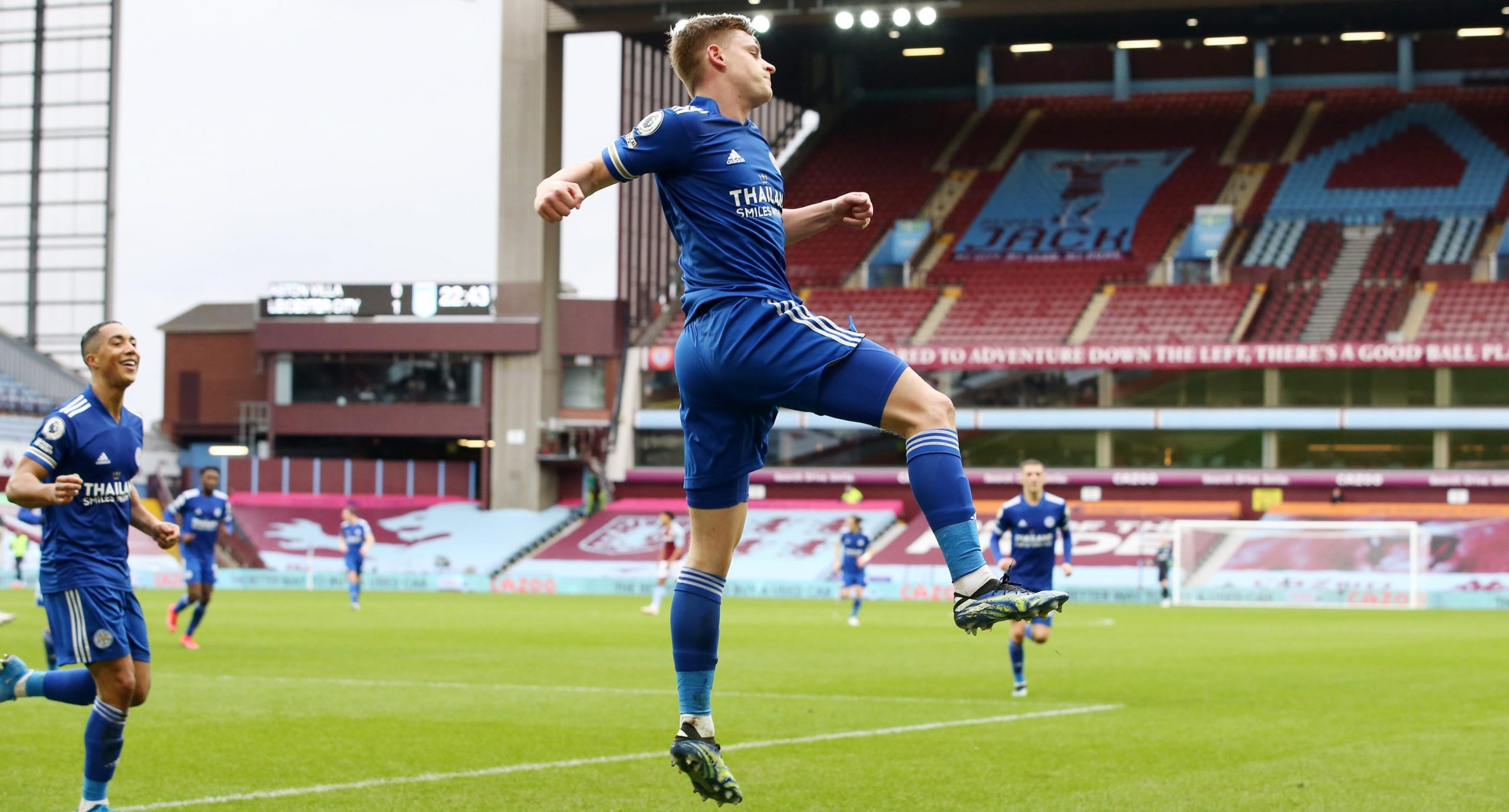 Premier League: Ndidi In Action, Iheanacho Benched As Leicester Beat Villa To Go Second